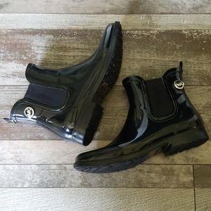 Michael Kors black patent midi rain boots size 7